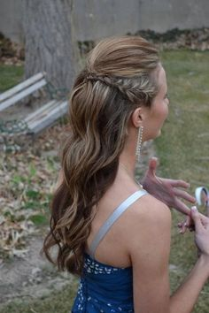 I did my little sisters hair for prom...she loved it! moniqueelyse
