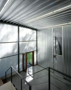 centre for group dynamics and institutional analysis by dethier architectures