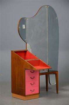 Art Deco vanity table