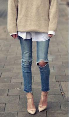 #style #outfit #fashionista #icon #streetstyle #beanie #sunglasses #denim #jakcet #blogger #fashionweek
