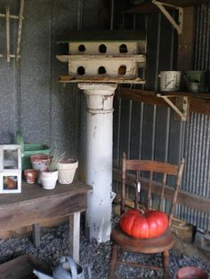Earlyworks Shoppe: Primitive America Antiques in Pennsdale ,Pa.