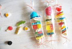 ilovequeencharlotte: Brocheta de chucherías - Brochette de bombons