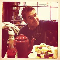 Neil Byrne with a Wee Cuppa tea over a Lovely Breaky. <3