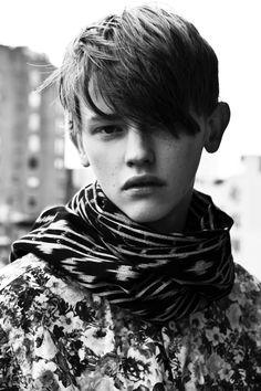 Robbie McKinnon tiro por Marcus Cooper #TRICOLINES #florais #folhagens