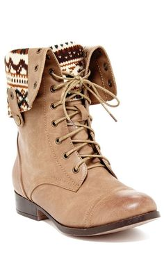 Aztec Foldover Boots //