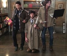 """The guys from """"Supernatural"""" dressed up like each other for Halloween. This hurts my brain.."""