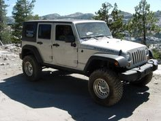 jeep wrangler unlimited rubicon  love em