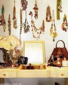 Statement jewelry....love.