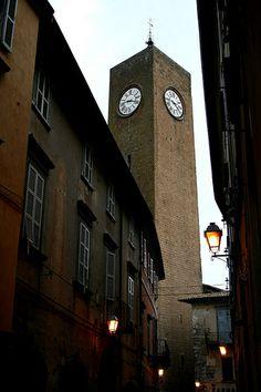 Torre dell'orologio (Orvieto)   #TuscanyAgriturismoGiratola