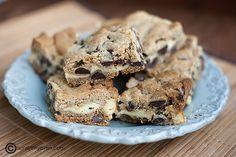 Chocolate Chip Cheesecake Cookie Bars