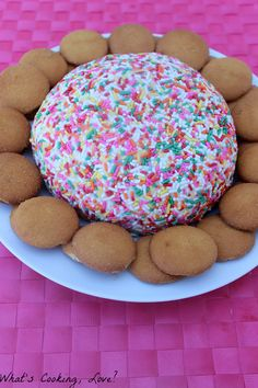 Funfetti Cake Cheese Ball...such a cute and fun cheese ball. Definitely trying this for the holidays!