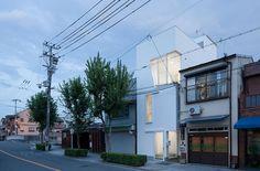House in Tamatsu, Osaka, Japan by Ido, Kenji Architectural Studio