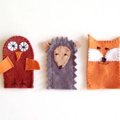These finger puppets are to die for adorable. Whip these up with your kiddos for a fun cold weather craft.