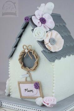 Birdhouse cake Cake by GoGoSugar