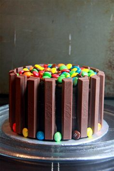 Crumbs and Cookies: kit kat cake.  if someone doesn't care about my health please give me this