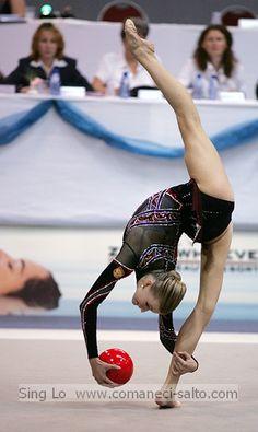 Olga Kapranova in rhythmic gymnastics performing ball