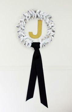 DIY blogger Kristen of The Hunted Interior shows us how to create this lovely Monogram Laurel Wreath!