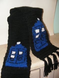 Crochet TARDIS scarf from Doctor Who  Made by ZeraCrochetBoutique,