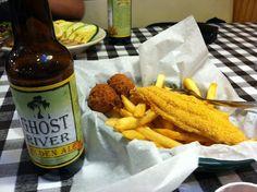 Catfish and beer at Flying Fish, Memphis, TN