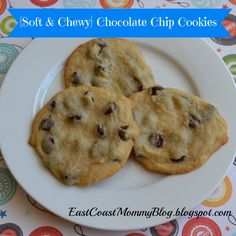 {Soft & Chewy} Chocolate Chip Cookies