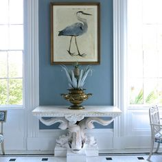 Love the blue/white, bird and pineapple art.