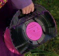 DIY Record Art | Vinyl Records Purse - Neatorama