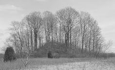Massive ancient burial mound located near Dayton, Ohio