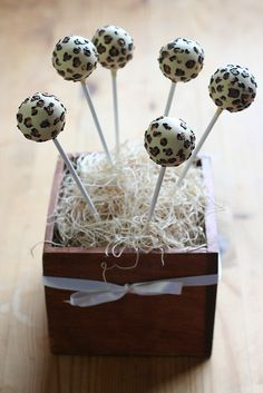 Leopard Print Cake Pops | Flickr - Photo Sharing!