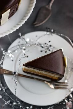 Caramel Cake Recipe! A Little Night Circus Cake.