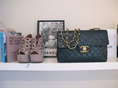 i need the shoes and the bag!!