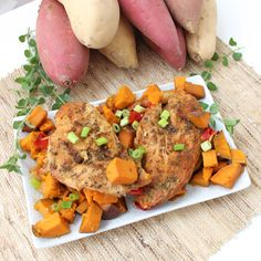 Crock-Pot Chicken, Sweetpotatoes, and Peppers from Living Well Kitchen. Under 300 calories for a huge serving #RecipeReDux #spon #sweetpotato
