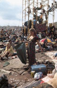 Woodstock, august 1969 by John Dominis.
