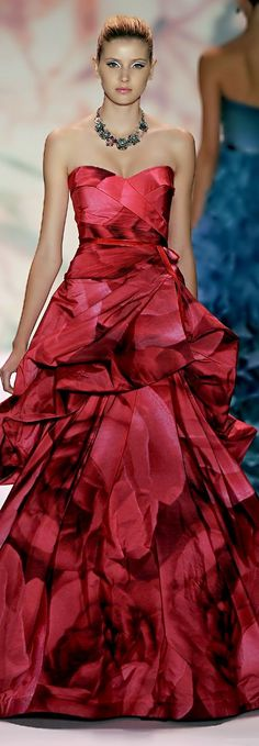 Lady in RED...Monique Lhuillier