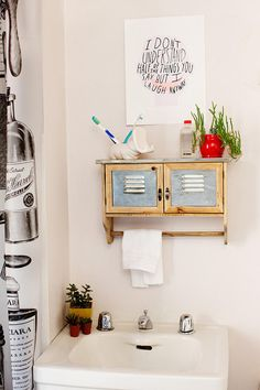 Reclaimed wood shelf. #urbanoutfitters #recycle