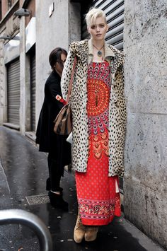 fashion, mixing patterns, abbey lee kershaw street style, outfit, dresses, street styles, mixed prints, coats, leopard