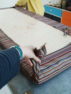 How to Make an Easy, No-Sew Cushion