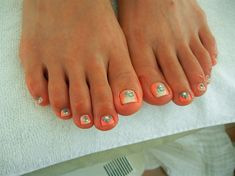 OMBRE PEDI by AkiyNails - Nail Art Gallery nailartgallery.nailsmag.com by Nails Magazine www.nailsmag.com #nailart