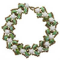 Water Lily Bracelet in Green - free project