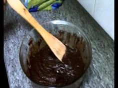 ▶ Bizcocho de chocolate al microondas - YouTube