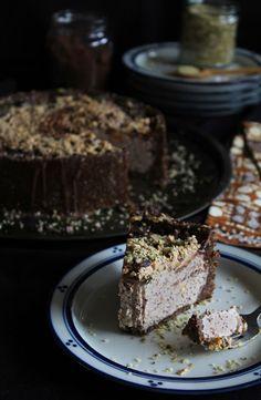 Deep Dish Chocolate Peanut Butter Ice Cream Cake (raw, vegan)
