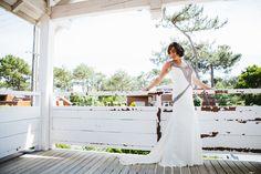 Amanda Wakeley Sposa bride in 'Amaris'
