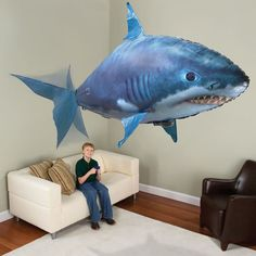 The Air Shark - Hammacher Schlemmer