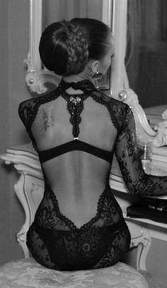 vintage lingerie, fashion black lace lingerie, sexi, style, beauti, black lingerie, hair, lace dresses, back details