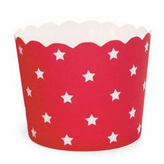 cute star baking cups from @Kim - The TomKat Studio