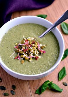 Green Power Soup (protein-packed and super delicious!) | coconutandberries.com