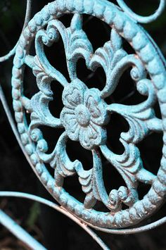 Creating a Blue Patina With Paint! Blue Patinas, Ideas, Hot Mess, Painting Furniture, Danger Things, Metals Painting, Modern Master, Painting Projects, Gardens Benches