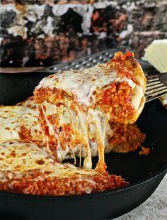Turkey Sloppy Joe Skillet Pizza  | The Hopeless Housewife®