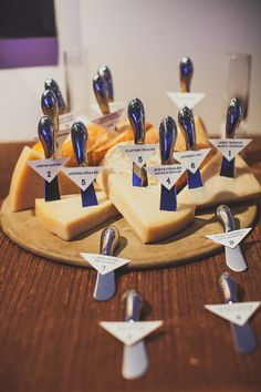 cheese knife escort cards
