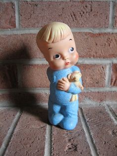 have one just like this in pink!  was my first doll.