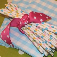 idea, polka dots, parties, 1st birthday, paper straws, papers, dot paper, babi shower, baby showers